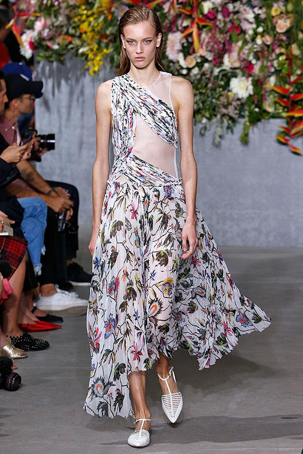 Jason Wu Kleid mit einem asymmetrischen Schnitt, Flowerprints und transparenten Cut Outs präsentiert in New York.